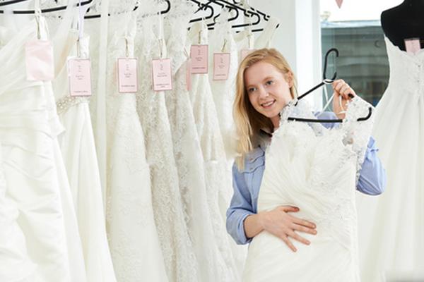 wedding-dress-service-image-1